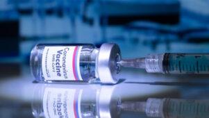 Murelikud arstid hoiatavad, et COVID-19 vaktsiin võib põhjustada viljatust